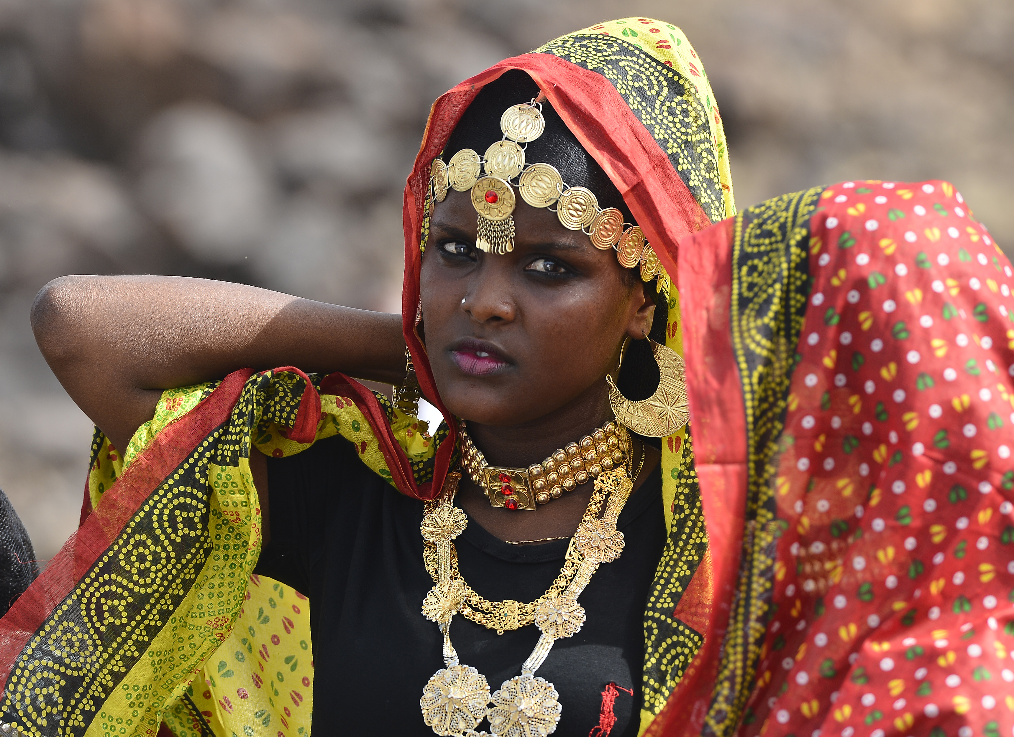 An Afar woman prepares to dance during the 21st Induction Ceremony of the Sultan of Gobaad in Dikhil, Djibouti, May 22, 2015. The Afar tribe is one of two main ethnic groups in Djibouti, shaping their historical customs and culture for hundreds of years. (U.S. Air Force photo by Senior Airman Nesha Humes)
