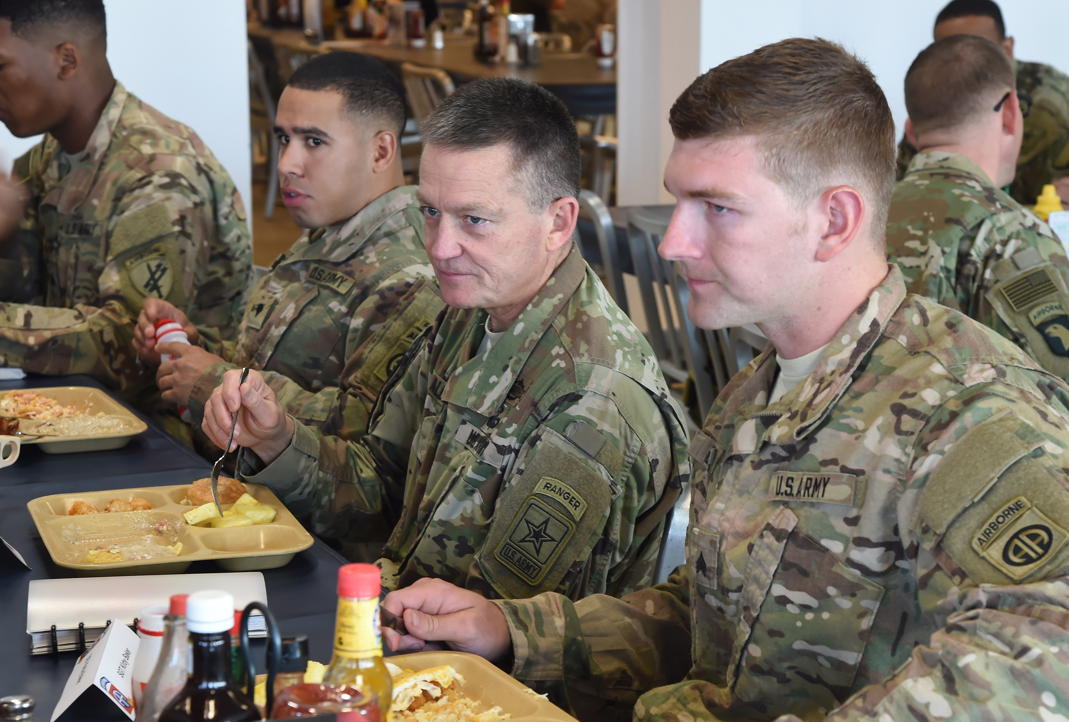 Vice Chief of Staff of the Army Gen. Daniel B. Allyn dines with deployed junior enlisted Soldiers at Camp Lemonnier, Djibouti, Jan. 16, 2017. Allyn's visit included the opportunity to meet with leadership to discuss on-going operations and challenges in the region, as well as recognize numerous service members for outstanding performance in support of Camp Lemonnier, and Combined Joint Task Force-Horn of Africa. (U.S. Air National Guard photo by Master Sgt. Paul Gorman)