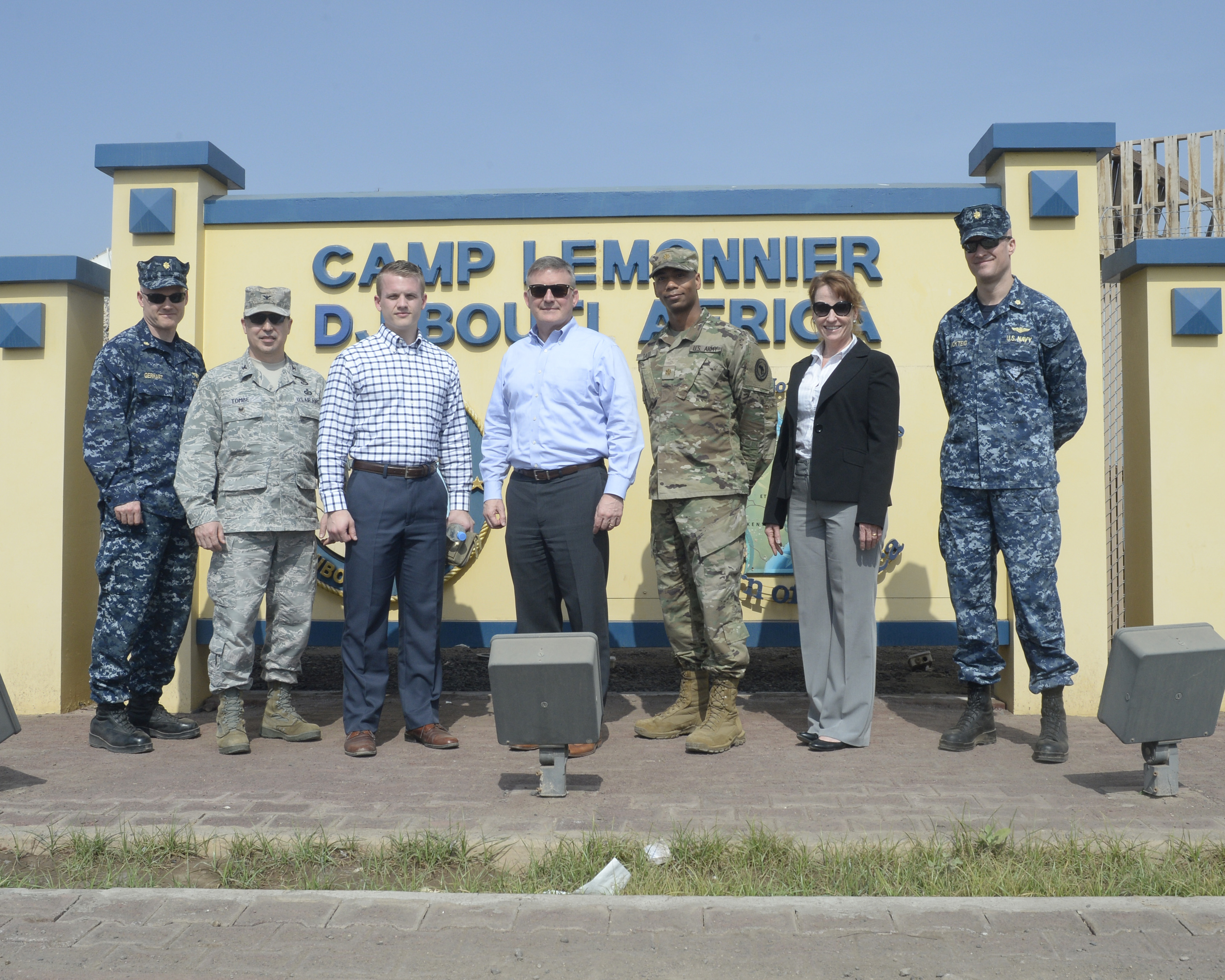 The United States Africa Command (USAFRICOM) Resources and Assessments Director David Thielde (center) and service members from USAFRICOM pose for a photo during their visit to Camp Lemonnier, Djibouti, Feb. 24, 2017. Thielde engaged with Combined Joint Task Force-Horn of Africa (CJTF-HOA) leadership to gain a better understanding of the operational environment and future objectives and initiatives for CJTF-HOA. (U.S. Air National Guard Photo by Staff Sgt. Christian Jadot)