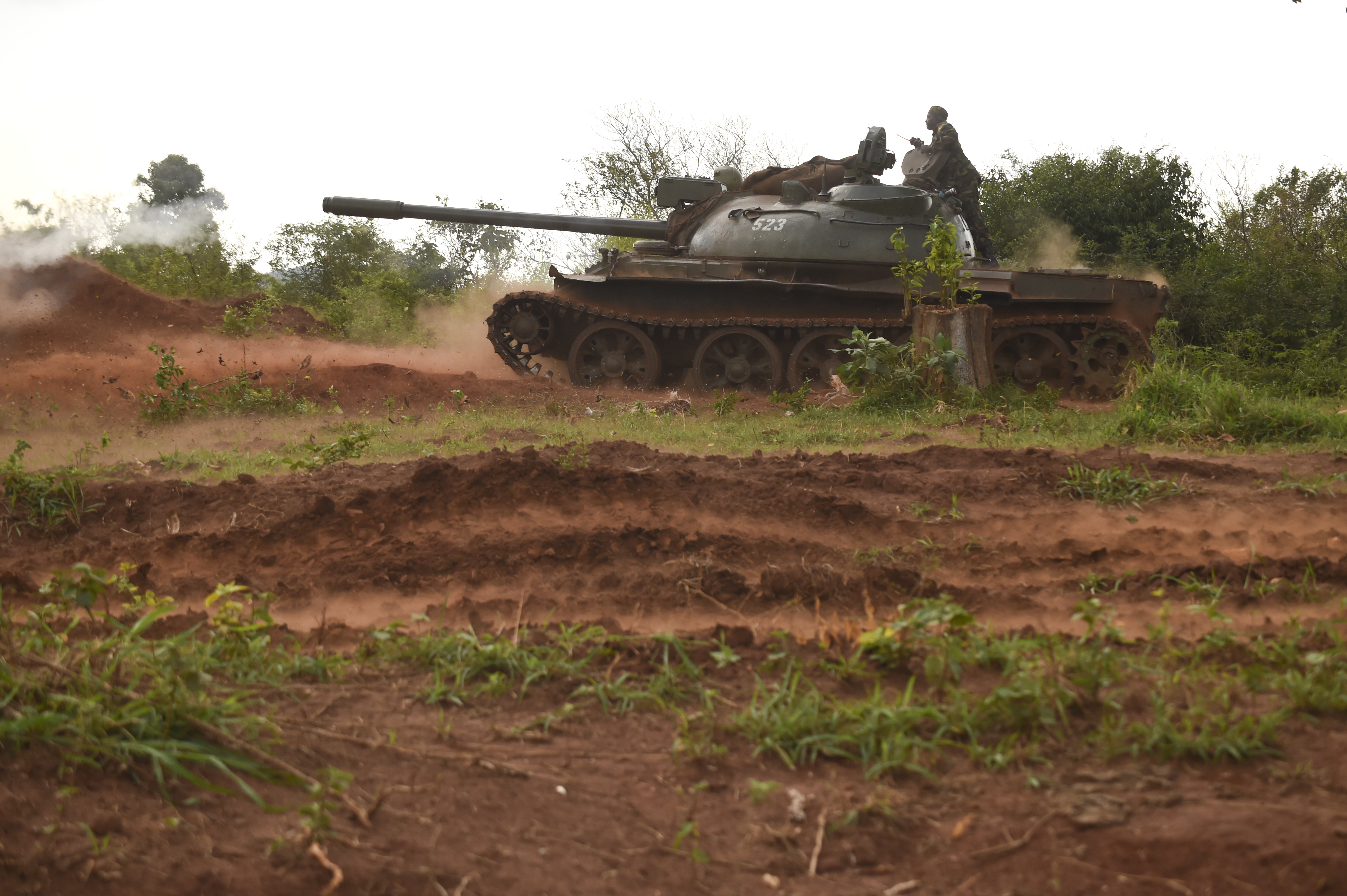 Uganda People's Defense Force soldiers, Ugandan Battle Group 22 (UGABAG 22), conduct tank fire during a live fire exercise at Camp Singo, Uganda, Feb. 27, 2017. The live fire is part of a 12-week pre-deployment training course for UGABAG 22.