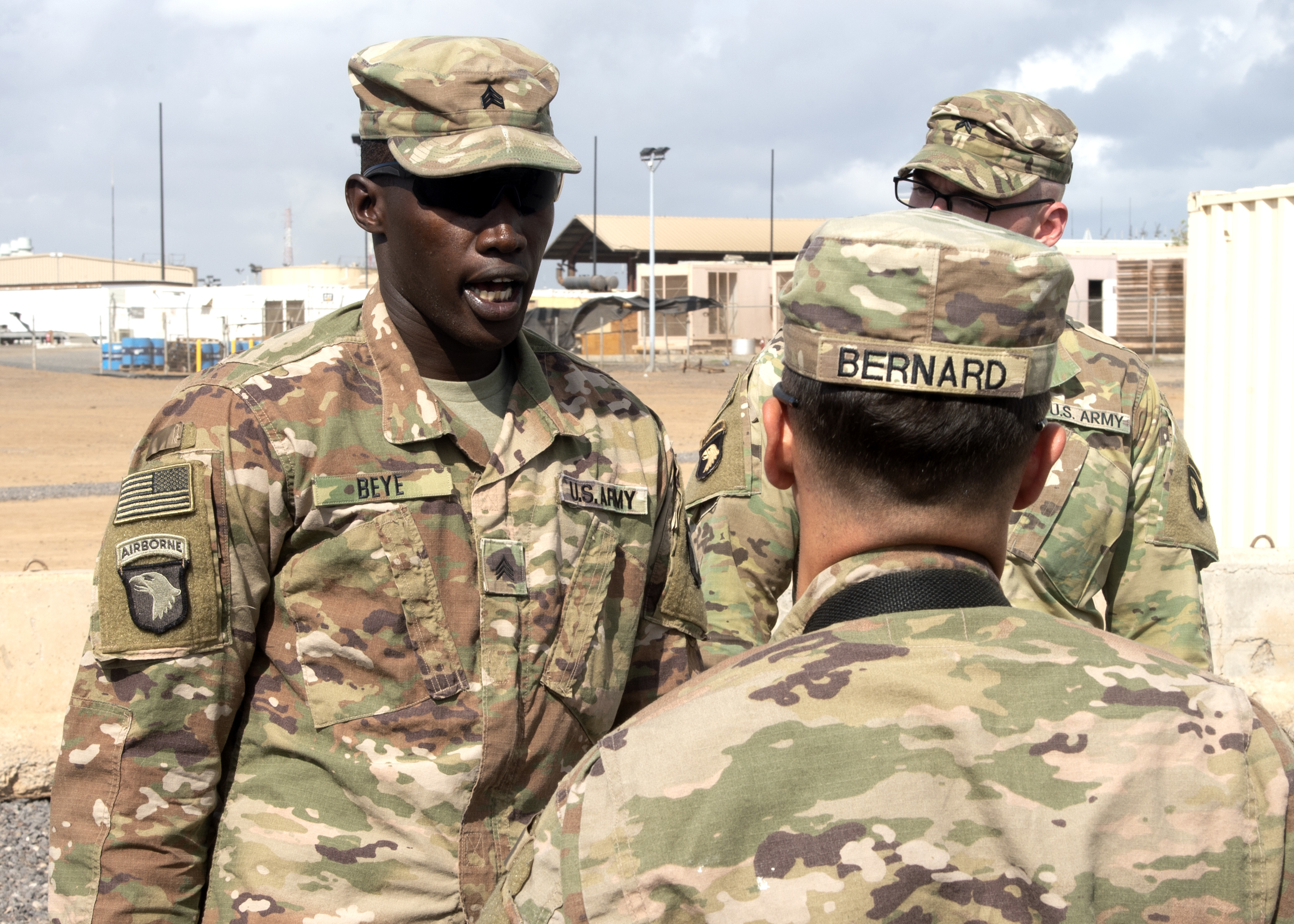 U.S. Army Sgt. Elhadji Beye, Viper Company, 1-26 Infantry, 101st Airborne Division (Air Assault), with the East Africa Response Force (EARF) assigned to Combined Joint Task Force-Horn of Africa, instructs his team of Soldiers at Camp Lemonnier, Djibouti, Feb. 8, 2019. The purpose of the EARF is to rapidly provide tailorable packages of forces to protect American interests on the African continent should any threats arise. (U.S. Navy Photo by Mass Communication Specialist 1st Class Nick Scott)